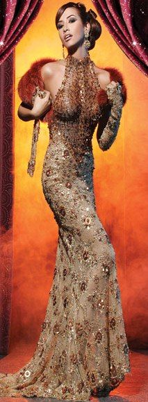 Elio Aziz - modelo longo vestido frente única alta costura --------------------------------------------- http://www.vestidosonline.com.br/modelos-de-vestidos/vestidos-longos