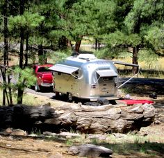 Arizona-Looks like a nice place to spend a couple of days Airstream Bambi, Airstream Campers, Vintage Campers Trailers, Vintage Airstream, Camper Trailers, Travel Trailers, Teardrop Camper Trailer, Airstream Renovation, On The Road Again