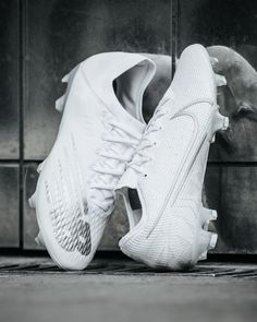 Puma Men's Sports & outdoor Futsal shoes Sale Big Discount