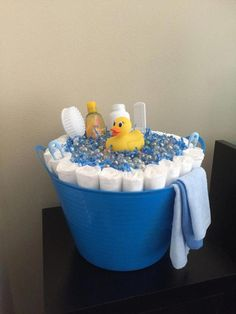 Latest help and information for baby shower diaper cake ideas - It can save you . Latest help and information for baby shower diaper cake ideas - It can save you a considerable amount of money by buying. Cadeau Baby Shower, Baby Shower Crafts, Baby Shower Diapers, Baby Shower Fun, Diaper Shower, Girl Shower, Ducky Baby Showers, Cheap Baby Shower Gifts, Baby Crafts