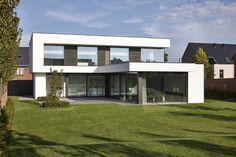 - Décoration de J. Modern Small House Design, Modern Villa Design, Model House Plan, House Plans, Home Building Design, Building A House, Modern Architecture House, Architecture Design, Residential Architecture