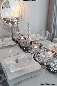 Last Trending Get all silver christmas table decorations Viral a c ea c b f e f b Christmas Arrangements, Christmas Table Settings, Christmas Tablescapes, Holiday Tables, All Things Christmas, Christmas Home, White Christmas, Christmas Holidays, Christmas Mantles