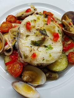 Ceviche, Roasted Vegetables, Clams, Fish And Seafood, Fish Recipes, Potato Salad, Food And Drink, Menu, Cooking