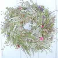 Learn to Make a Wreath