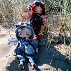 Milo and Niko one of a kind little steampunk sand doodle dune bugs Dee Day, Pixie Ears, Felt Boots, Bug Art, Little Doodles, White Wings, Beautiful Dolls, Dune, Art Dolls