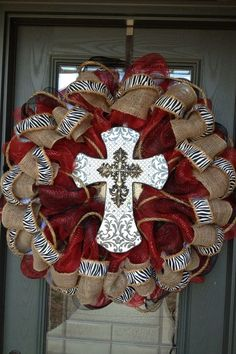 Deco mesh/burlap cross wreath