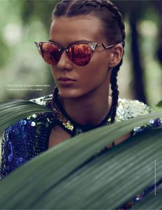 Elle France May 2014 | Tess Hellfeur by Miguel Reveriego [Editorial]
