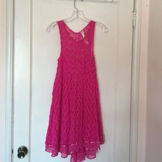 """Beautiful Fushia Dress Fits like a SMALL Gorgeous Hot Pink """"New Romantics"""" dress. Everything about this dress shouts feminine. Dress is in brand new condition, never worn with original extra button tag still on. Dress says size L but fits like a small bust measures 14.5"""" stretched. You will need a slip as it is see through New Romantics Dresses Midi"""