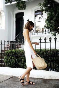 summer uniform // I love the elegant simplicity of this white dress and black flat sandals with the straw bag. Looks Style, Style Me, Summer Outfits, Summer Dresses, Dressy Outfits, Stylish Outfits, Girl Fashion, Womens Fashion, Latest Fashion