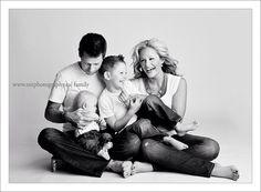 Résultats de recherche d'images pour « family portrait »