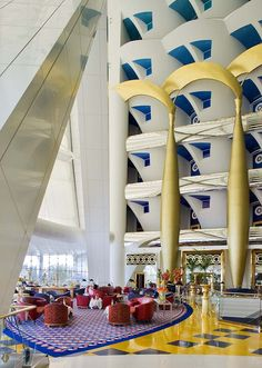 ↰✯↱lugares - Burj Al Arab Dubai In Dubai, Dubai Hotel, Dubai Uae, Abu Dhabi, Living Room Light Fixtures, Living Room Lighting, Unique Hotels, Best Hotels, Luxury Hotels