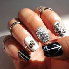 Diamond Nail Art. Used Bundle Monster nail plates BM09 (large single diamond), and BM-422 (small diamonds). #nailart