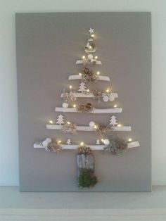 70 Best Christmas Lights Apartment Decorating Ideas And Makeover – Outdoor Christmas Lights House Decorations Wall Christmas Tree, Best Christmas Lights, Hanging Christmas Lights, Xmas Lights, Decorating With Christmas Lights, Handmade Christmas Decorations, Christmas Tree Toppers, Rustic Christmas, Christmas Tree Decorations