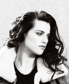 Raven waves ~Fy Katie McGrath