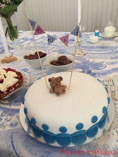 Maanan matkassa: Nallekakku Elias-pojan ristiäisiin Desserts, Food, Tailgate Desserts, Deserts, Essen, Postres, Meals, Dessert, Yemek