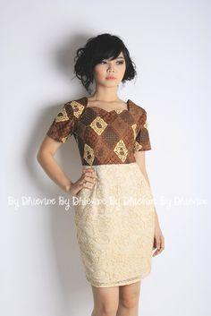 batik on top brokat skirt lookalike--dress Arte Fashion, Batik Fashion, Fashion Design, Women's Fashion, Batik Kebaya, Batik Dress, Elegant Dresses, Casual Dresses, African Fashion