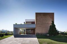 Modern House Design : House in Xangri-lá by Seferin Arquitetura