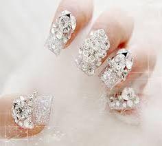 Resultado de imagen para diseños de uñas con piedras swarovski