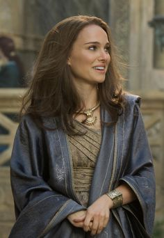 """Is it just be or is this outfit on Natalie Portman dejavu? Can anyone say """"Star Wars?"""""""