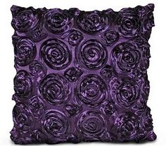 purple pillow...love this in my bedroom