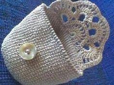 best ideas for crochet bag pattern free clutches coin purses Crochet Diy, Love Crochet, Crochet Gifts, Crochet Clutch, Crochet Handbags, Crochet Purses, Crochet Bags, Crochet Baskets, Bag Pattern Free