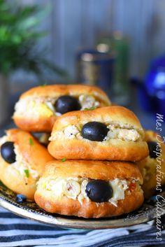 Ramadan Recipes 95847 Tunisian Fricassees, recipe without egg # Tunisian Food, Mini Hamburgers, Egg Free Recipes, Ramadan Recipes, Easy Smoothie Recipes, Arabic Food, Mediterranean Recipes, International Recipes, Love Food