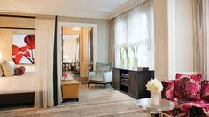 Presidential Suite, Beverly Wilshire, Beverly Hills (A Four Seasons Hotel), Los Angeles Hotel Suite Luxury, Hotel Interior Design, Suites, Beverly Wilshire, Bedroom Hotel, Luxurious Bedrooms, Airy Room, Luxury Bedding, Hotels Room