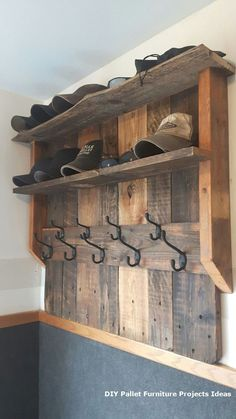 50 Superb DIY Wood Furniture for Your Small House and Cost-efficiency Diy Pallet Projects Costefficiency DIY Furniture House Small Superb Wood Wooden Pallet Projects, Diy Pallet Furniture, Wooden Pallets, Wooden Diy, Rustic Furniture, Pallet Ideas, Furniture Ideas, Painted Furniture, Pallet Wood