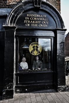 The Cornish Pasty Shop, .... ♥♥ ....  Newbury High Street by Phil Wiley, via Flickr. | ■⁅ຮt⁅vᾀṈ