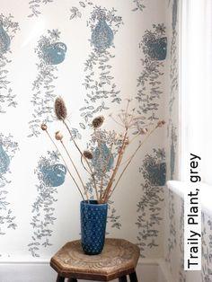 Tapete: Traily Plant, Grey   TapetenAgentur SELECTED Designtapeten Von  Louise Body