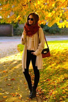 Look de outono/inverno. (P.S: Amo lenços!!)