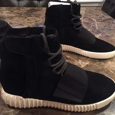 761e6604e1769 12 Best Yeezy 750 Boost images