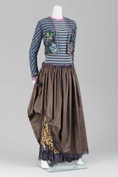 37af180393f America - Woman s evening ensemble by Geoffrey Beene - Wool jersey