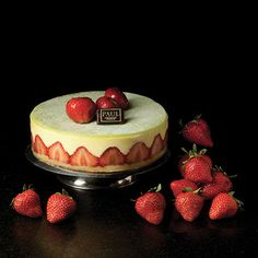 PAUL : French Family Bakery and Patisserie since 1889 - OUR FOOD RANGE / Cakes / Fraisier