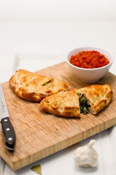Unbelievable Spinach Calzones - Recipes, Dinner Ideas, Healthy Recipes & Food Guide