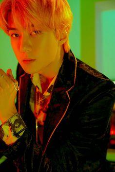 Baekhyun Chanyeol, Park Chanyeol, Exo Exo, Chanbaek, Extended Play, Kai, Luhan And Kris, Exo Album, Big Bang Top