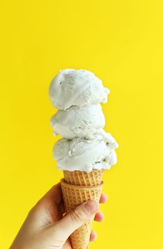 Amazing, 5-ingredient coconut ice cream infused with real vanilla bean! Insanely creamy, simple to make, and so rich.