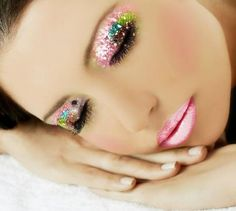 Eye Make up ideas... - Get $100 worth of beauty samples