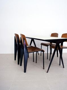 Jean Prouve - Metropole No 305 chair and table