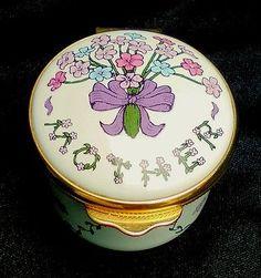 "Alastor Enamels ""A Bouquet For Mother"" Trinket Pill Box Designed in England"