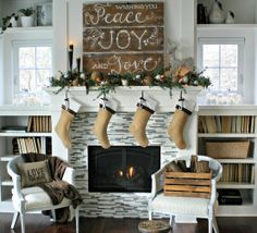 Amazing holiday mantel via The Lily Pad Cottage! Love her DIY sign! Beautiful! - Chicfluff