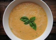 Spicy Cantaloupe-Basil Soup Ingredients 1 cantaloupe, cut into 1-inch ...