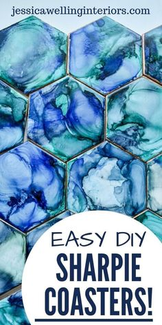 Easy DIY Coasters with Sharpies and Alcohol! Make these modern ceramic tile coasters with Sharpies and alcohol. It's a fun project for both kids and adults! Sharpie Crafts, Sharpie Art, Sharpies, Sharpie Projects, Sharpie Doodles, Tape Crafts, Resin Crafts, How To Make Coasters, Diy Coasters