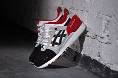 "Getting your hands on a pair ""Koi"" Asics Gel Lyte III will take focus as the sneaker is limited and only available through Afew. Sneakers Mode, Best Sneakers, Sneakers Fashion, Asics Shoes, Men's Shoes, Shoe Boots, Baskets, Asics Gel Lyte Iii, Sneaker Games"