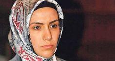 Sümeyye Erdoğan'a hakaretten gözaltına alındı http://haber.sol.org.tr/turkiye/sumeyye-erdogana-hakaretten-gozaltina-alindi-127801…