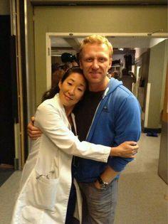 Sandra Oh (Cristina Yang) & Kevin McKidd (Owen Hunt). Crowen. Grey's Anatomy BTS.