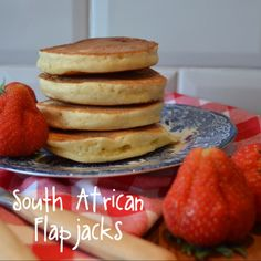 Flapjacks or Crumpets… South African version – whyiamnotskinny Dutch Oven Recipes, Gourmet Recipes, Sweet Recipes, Baking Recipes, Snack Recipes, Scotch Pancakes, Pancakes And Waffles, Tasty Pancakes, Easy Crumpets Recipe