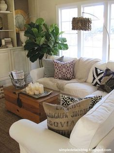 75 warm and cozy farmhouse style living room decor ideas (54) #FarmhouseLamp