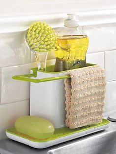 Tidy Sink Caddy keeps your kitchen exactly that - tidy! | Solutions.com #Kitchen #Essentials