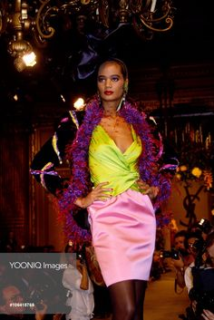 Yves Saint Laurent Autumn-Winter 1987-1988 Fashion Show